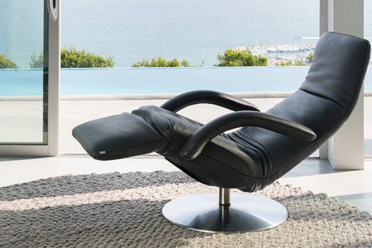 Relaxsessel Yoga in schwarzem Leder von Jori