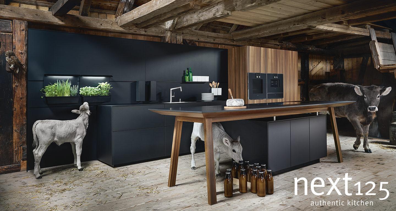 Kälber Kampagne von Next125 Küchen bei Möbel Meiss