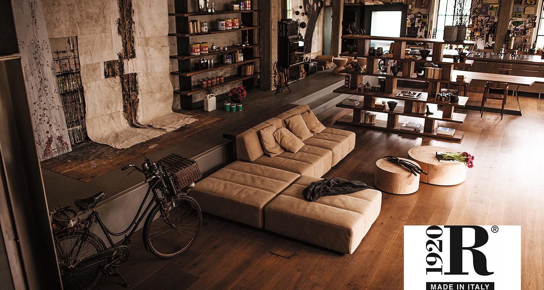 Wohnzimmer mit Regalen von Riva1920 bei Möbel Meiss